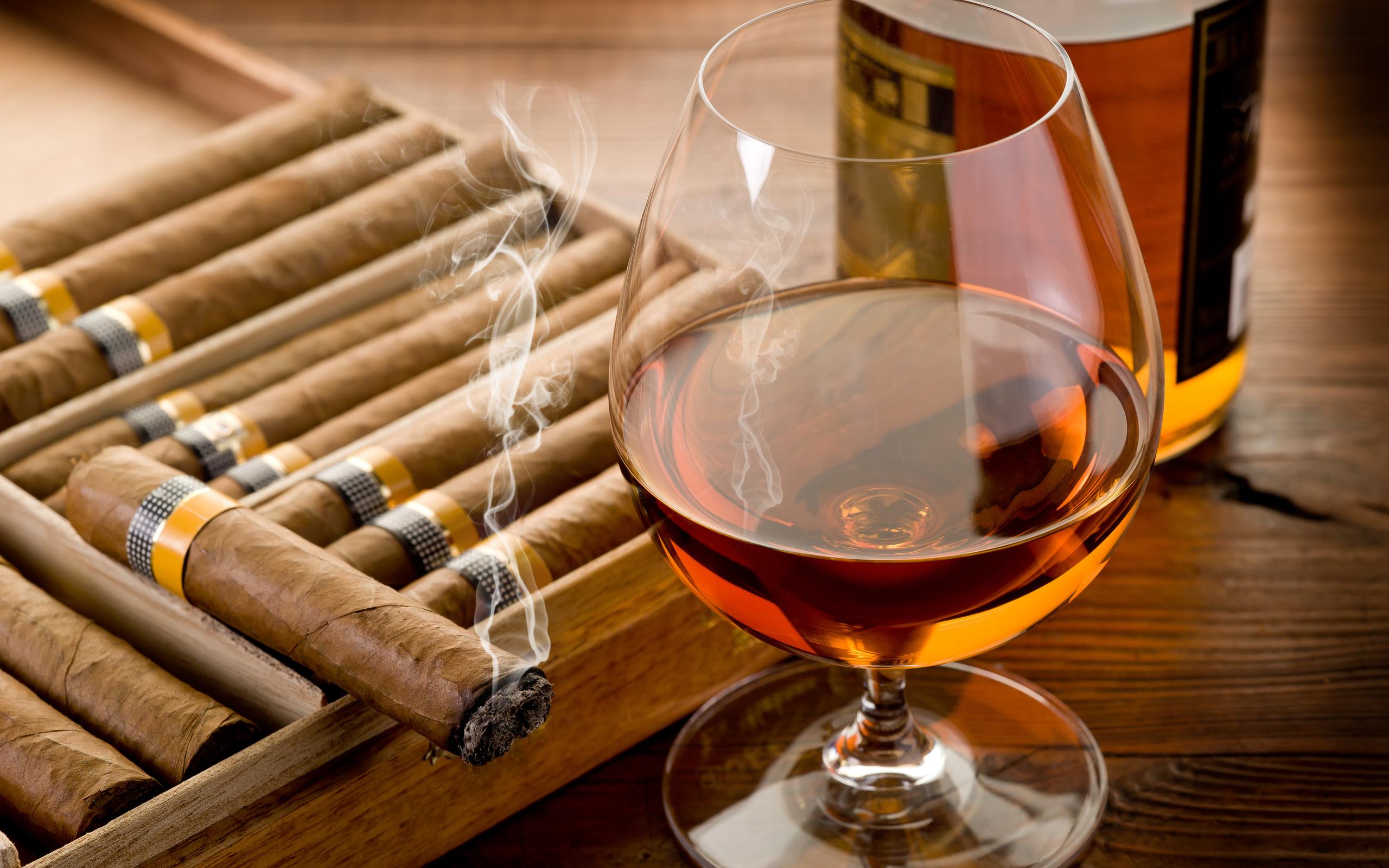 Liquor: Alcohol, Стекло, Напиток, Liquor, Cigar