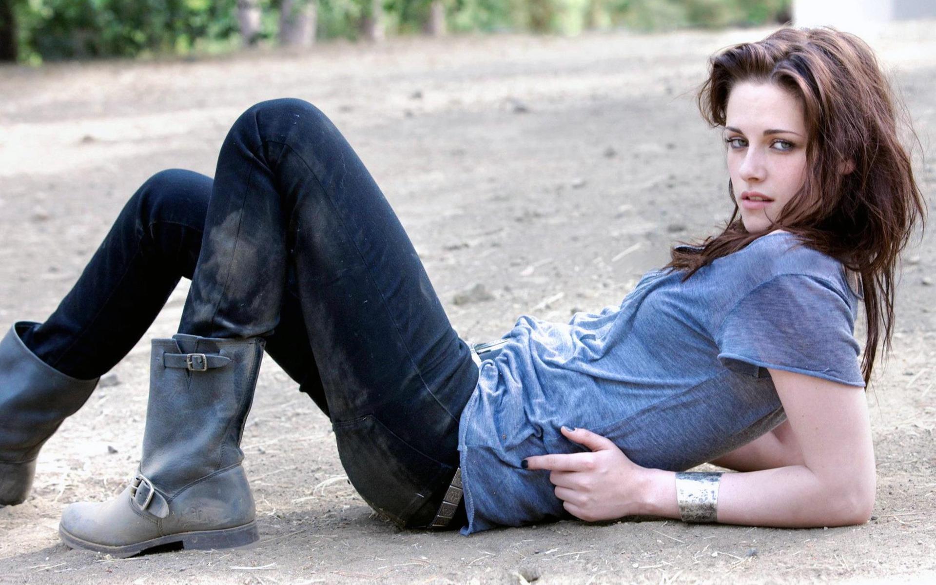 Kristen Stewart: Дівчата, Kristen Stewart, Boots, Jeans