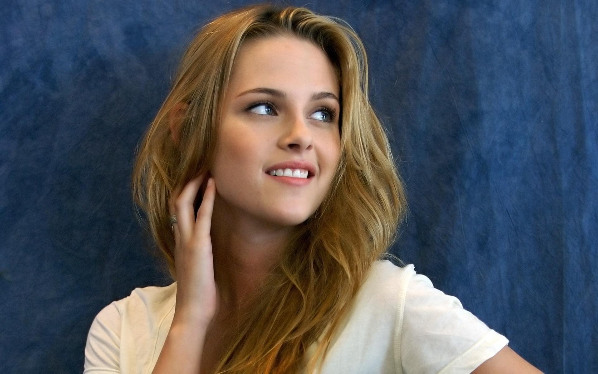 Kristen Stewart: Smile, Блондинки, Акторки, Жінки, Гарні, Pretty, Дівчата, Kristen Stewart