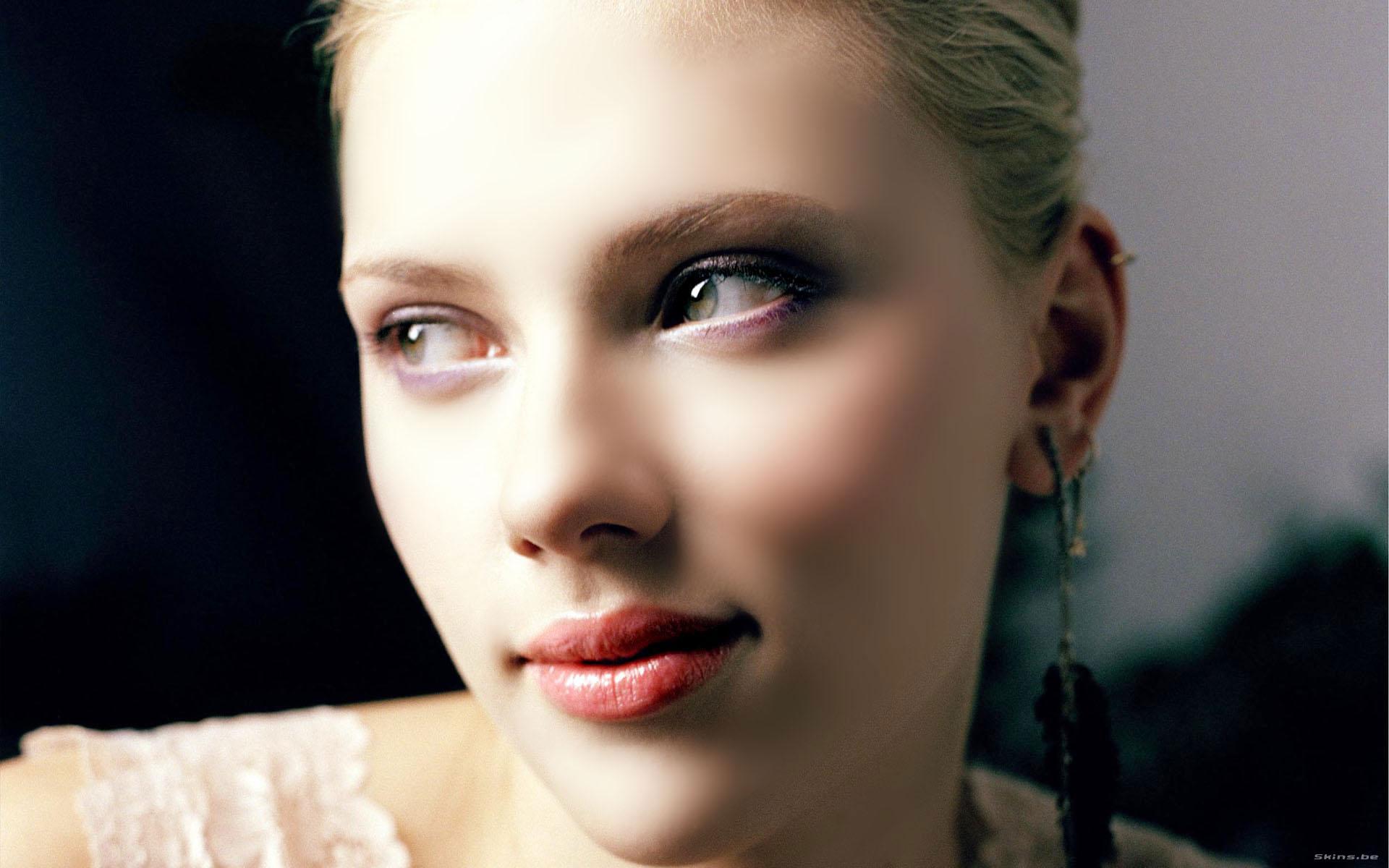 Scarlett Johansson: Жінки, Scarlett Johansson, Дівчата