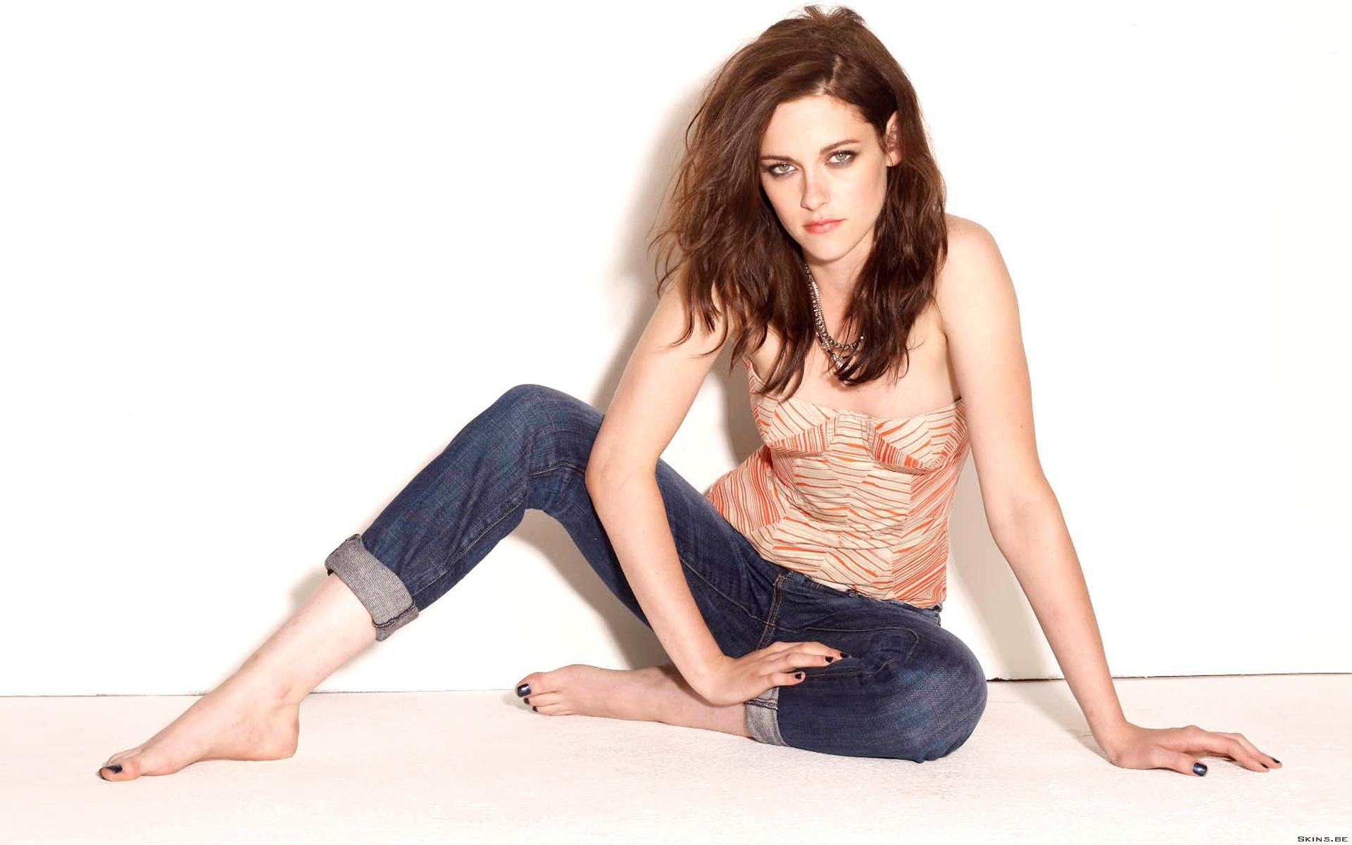 Kristen Stewart: Дівчата, Kristen Stewart