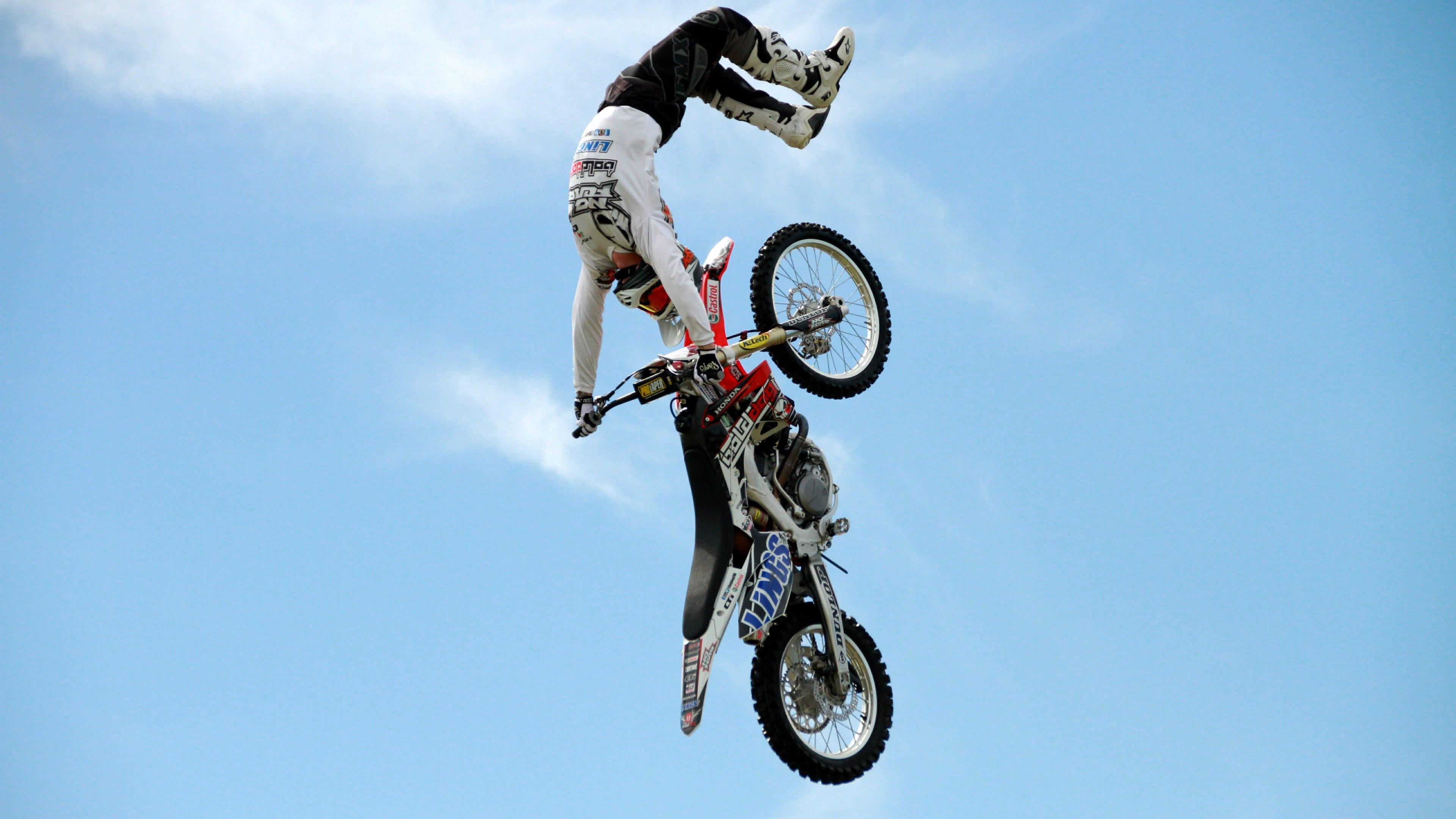 Motocross: Bike, Honda, Motocross, Acrobatics