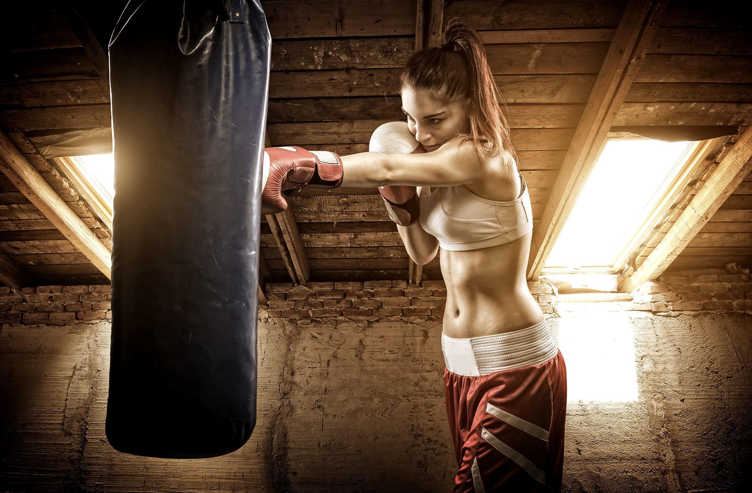 Boxing: Girl, Brunette, Woman, Ponytail, Boxing, Athlete