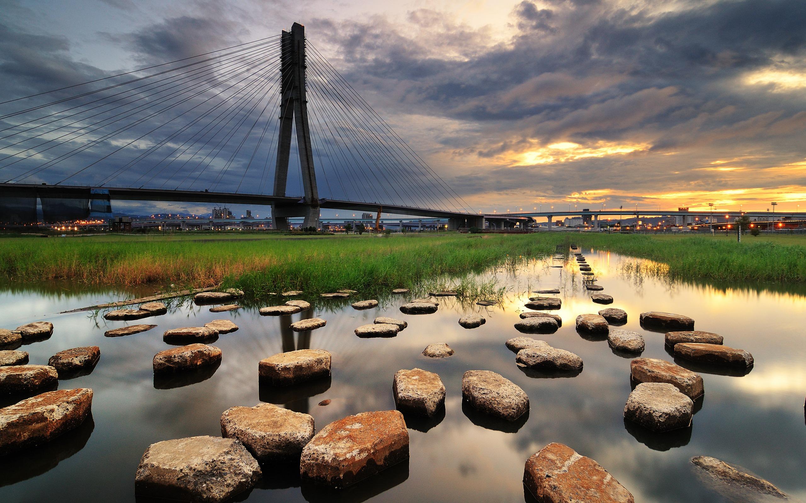 Bridge: Bridge, City