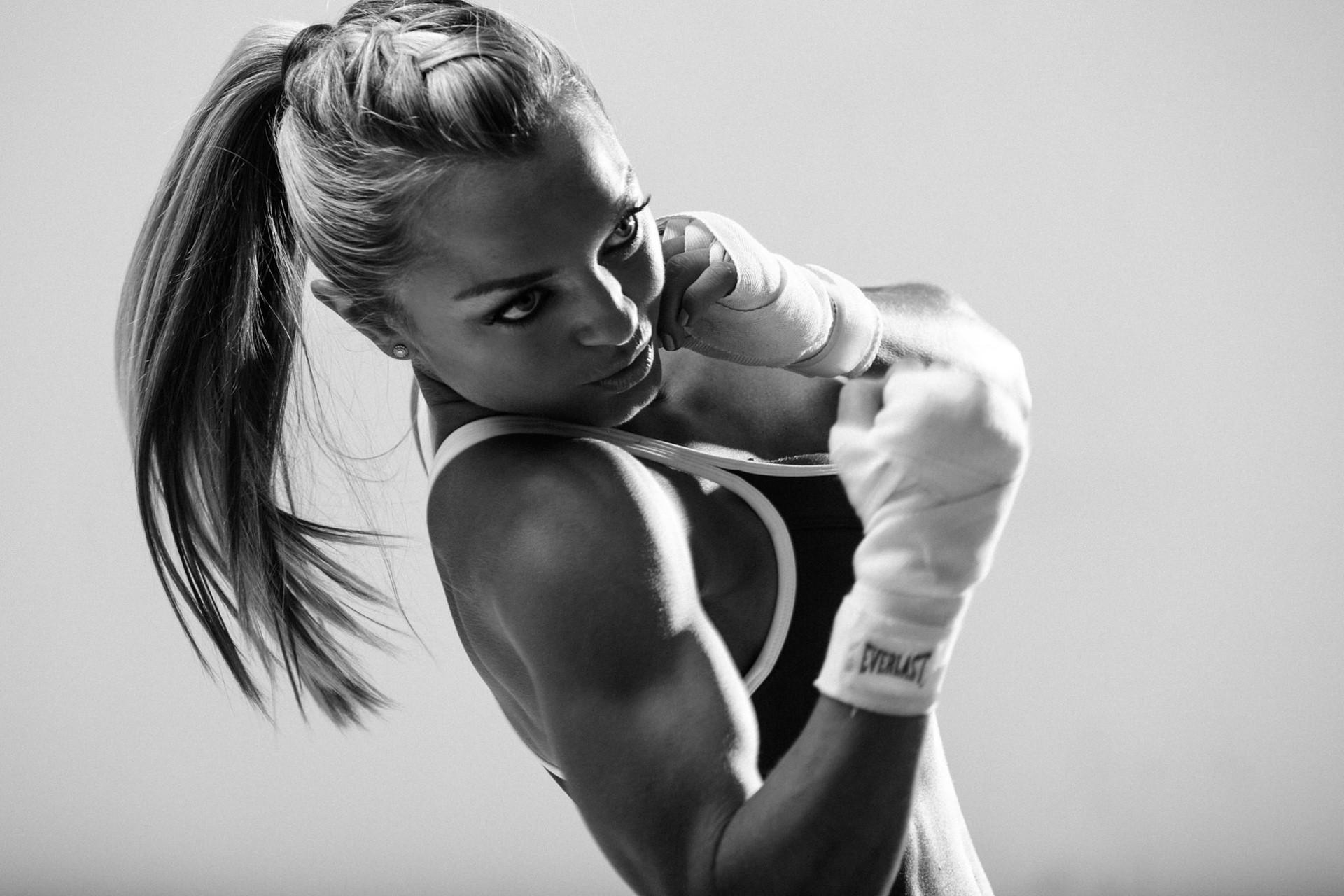 Boxing: Blonde, Black & White, Ponytail, Boxing