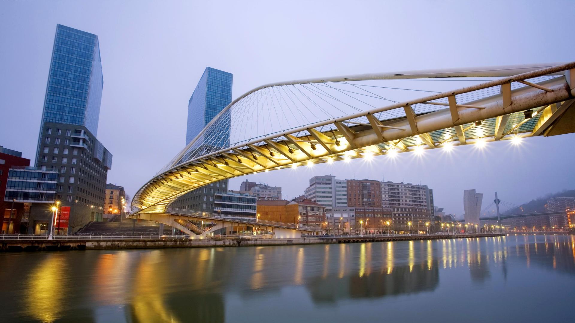 Bridge: City, Building