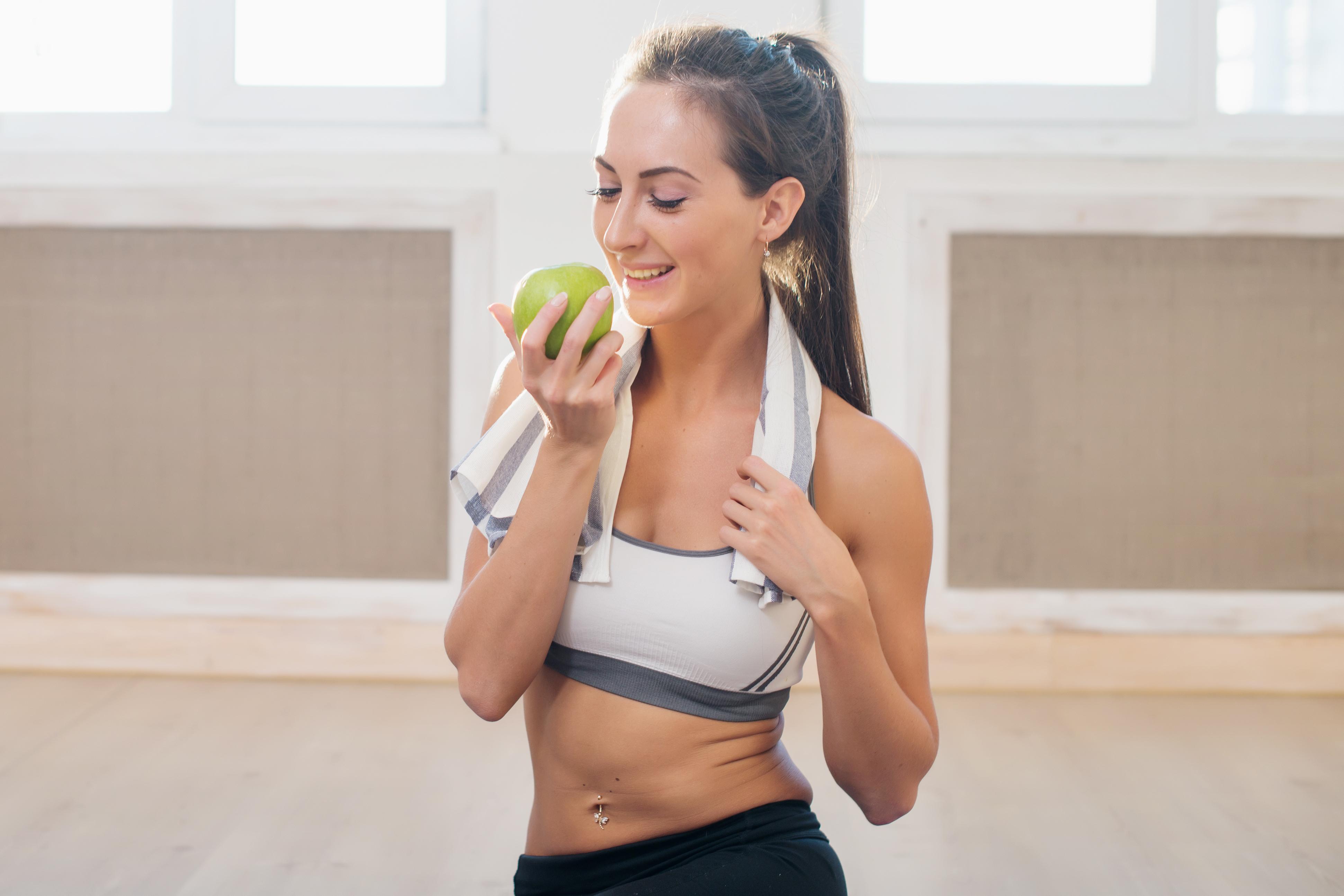 Fitness: Girl, Smile, Brunette, Woman, Fitness, Ponytail