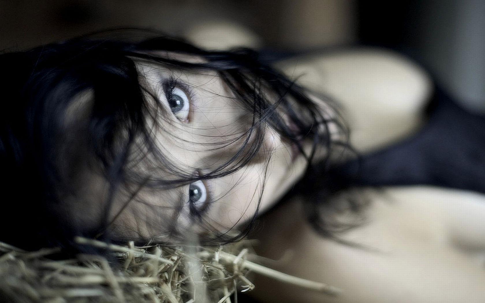 Women: Brunette, Blue, Night, Eye
