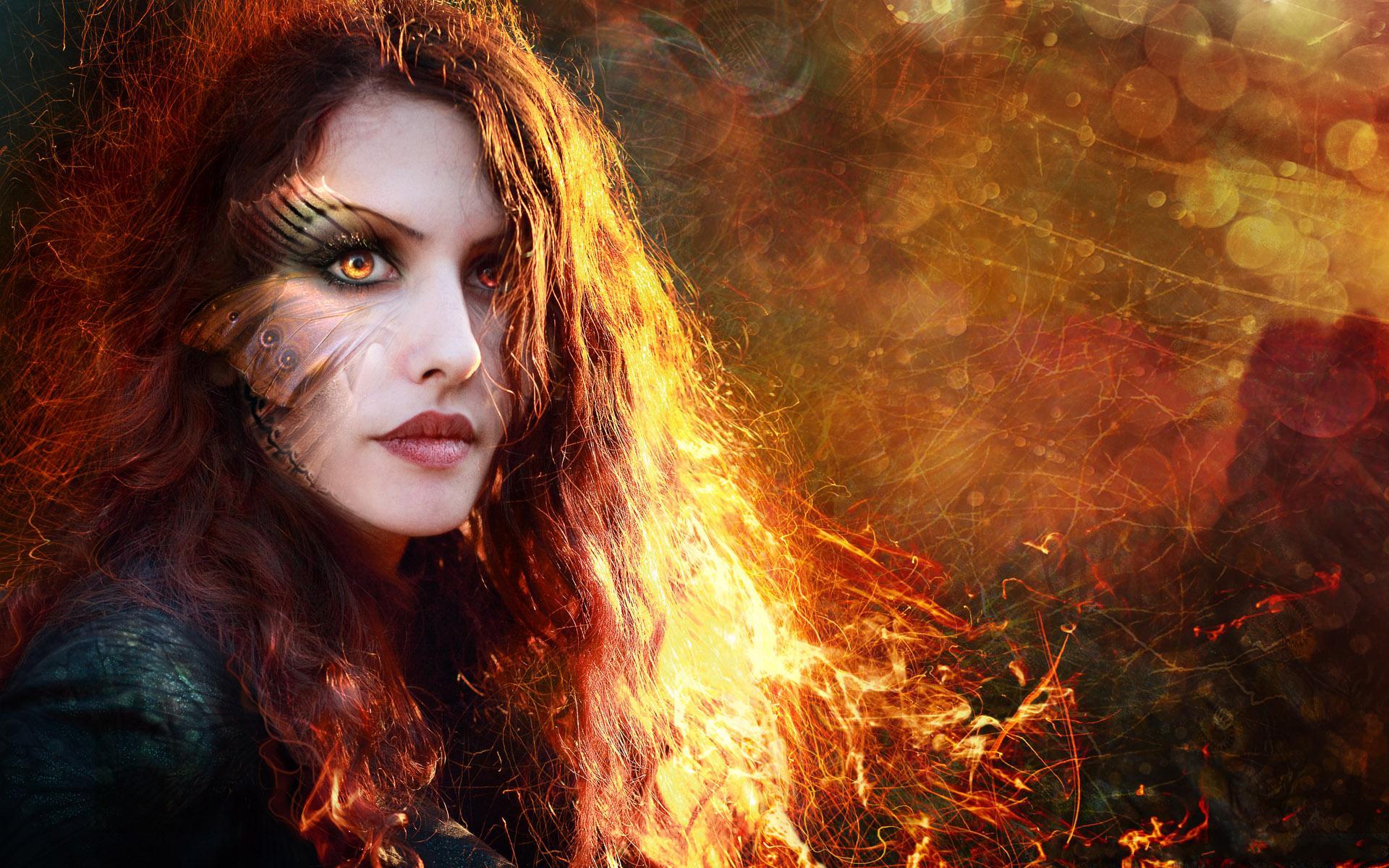 Women: Model, Manipulation, Makeup