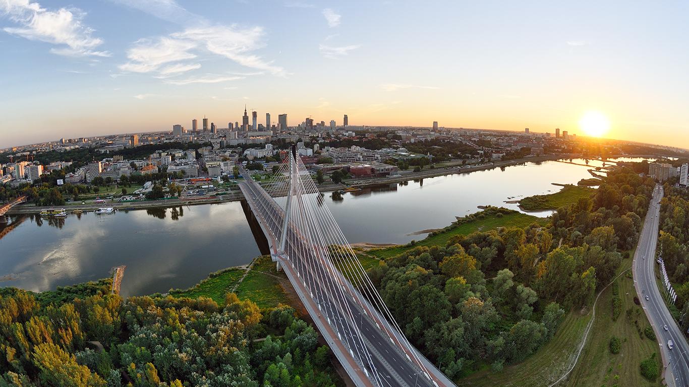 Bridge: Bridge, River, City, Road