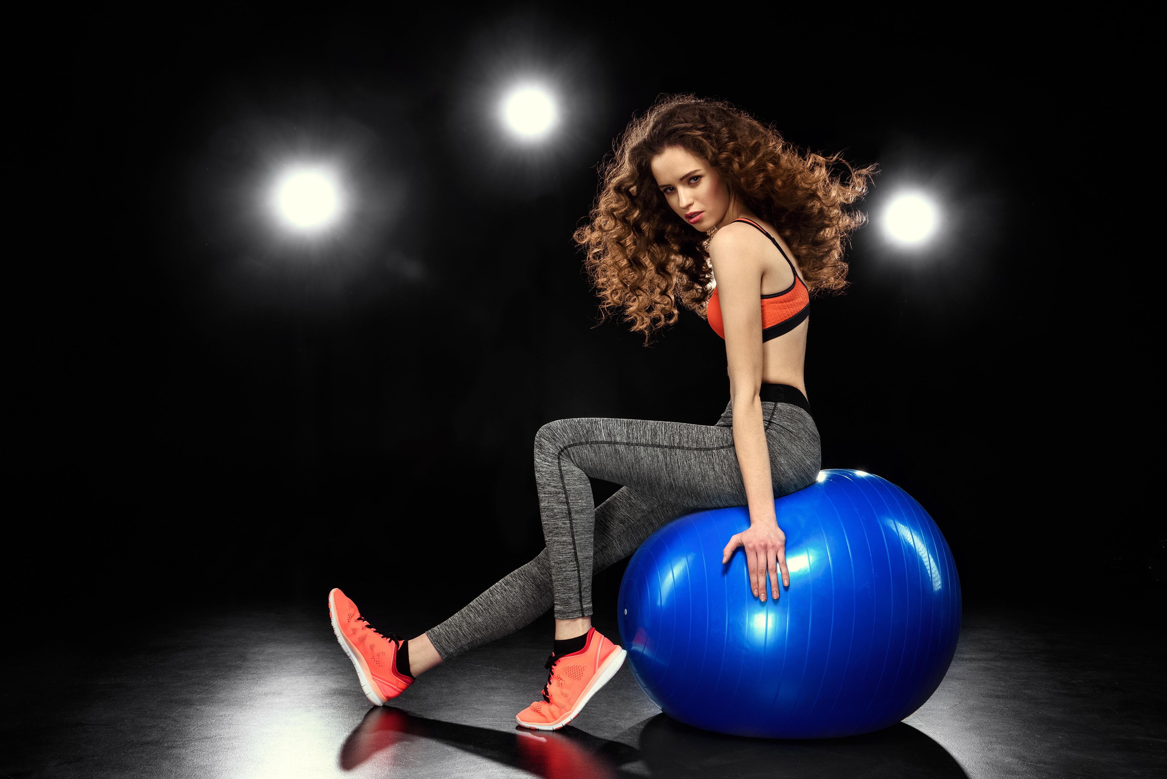 Fitness: Girl, Long Hair, Brunette, Woman, Model, Fitness